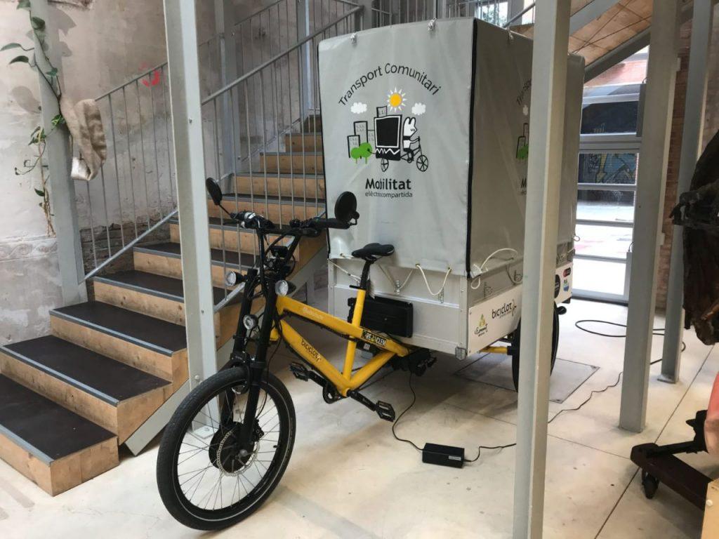 Bicicleta elèctrica amb remolc